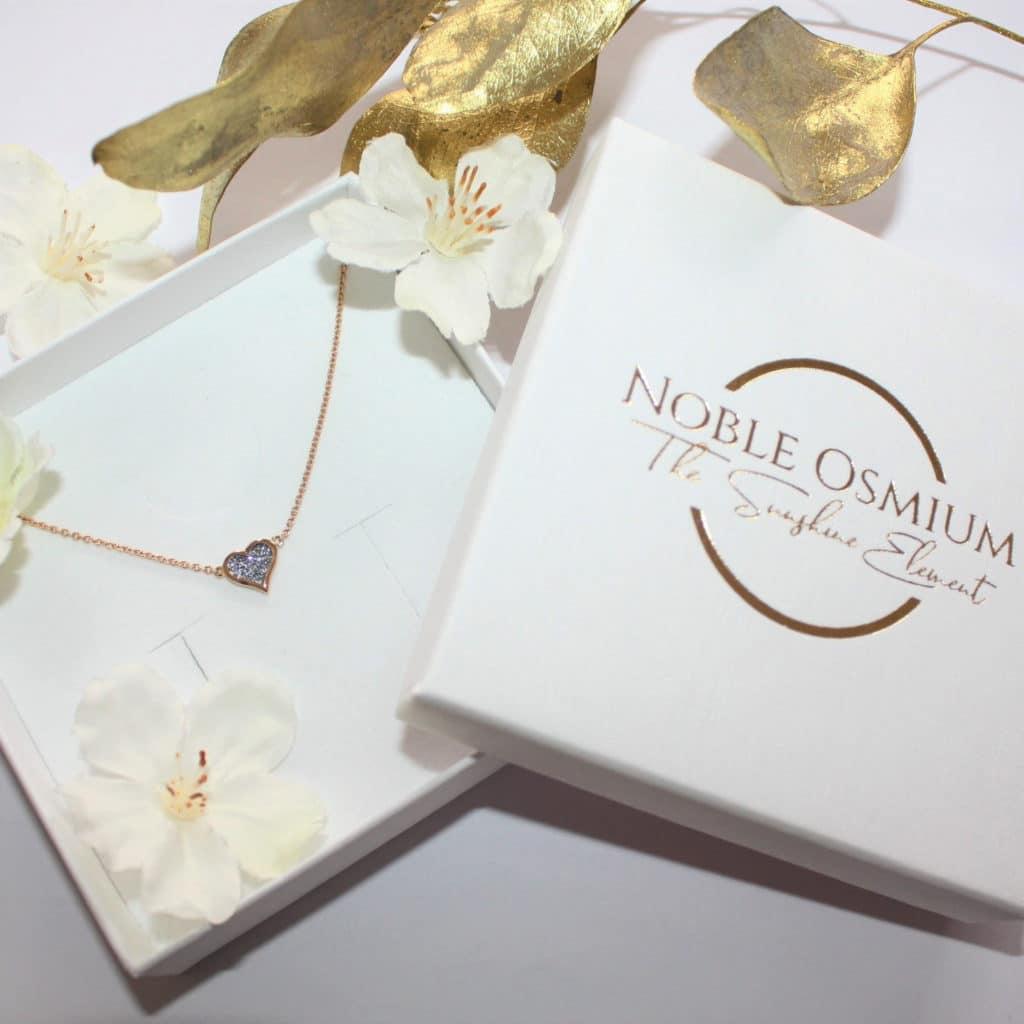 Osmium Schmuck Noblesse Halskette Amour Gold Schachtel